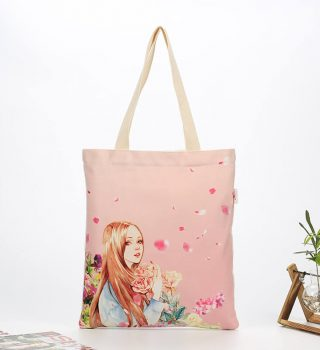 girl shopping bag